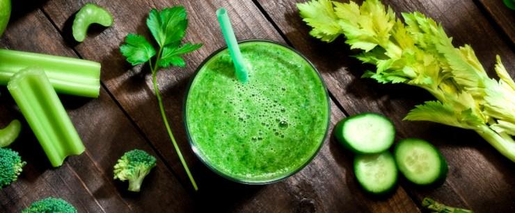 green chlorophyll smoothie