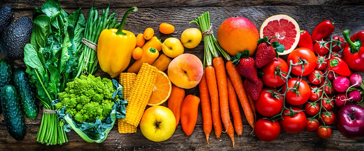 surprising benefits of vitamin C: rainbow fruits and vegetables