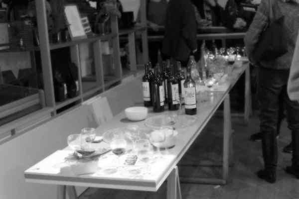 SINFONIETTA PARIS: AN EVENING OF MUSIC & WINE
