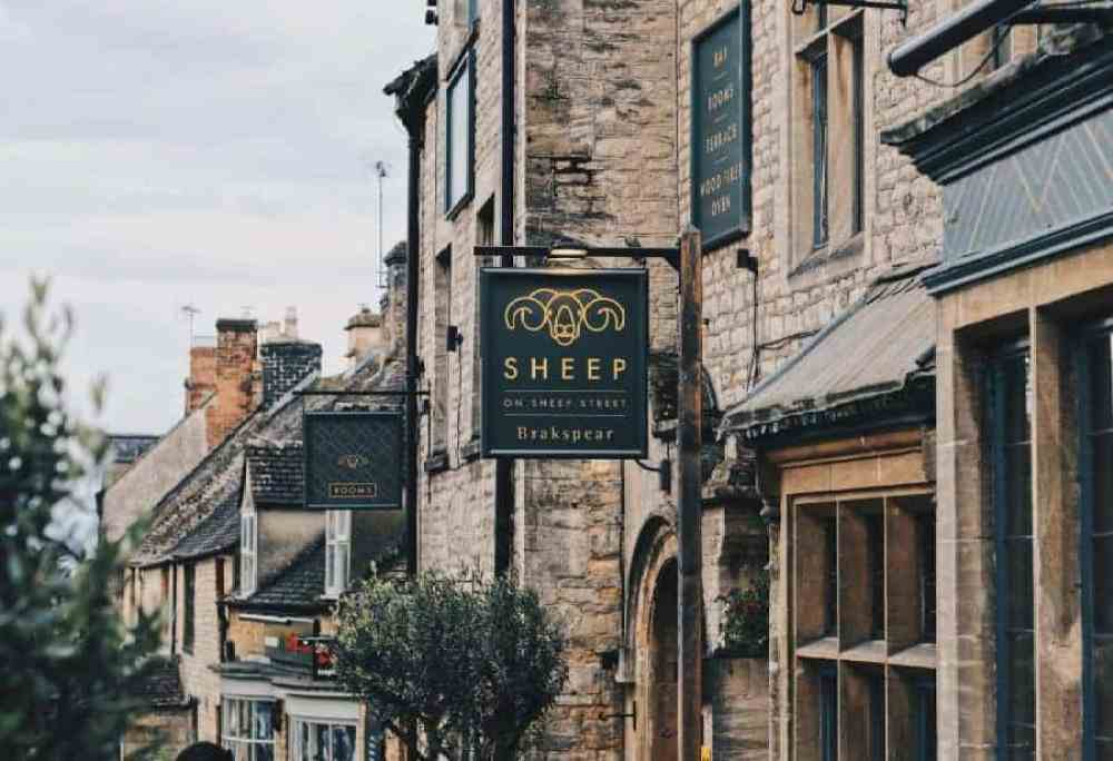 A Weekend In Stow with Sheep on Sheep Street