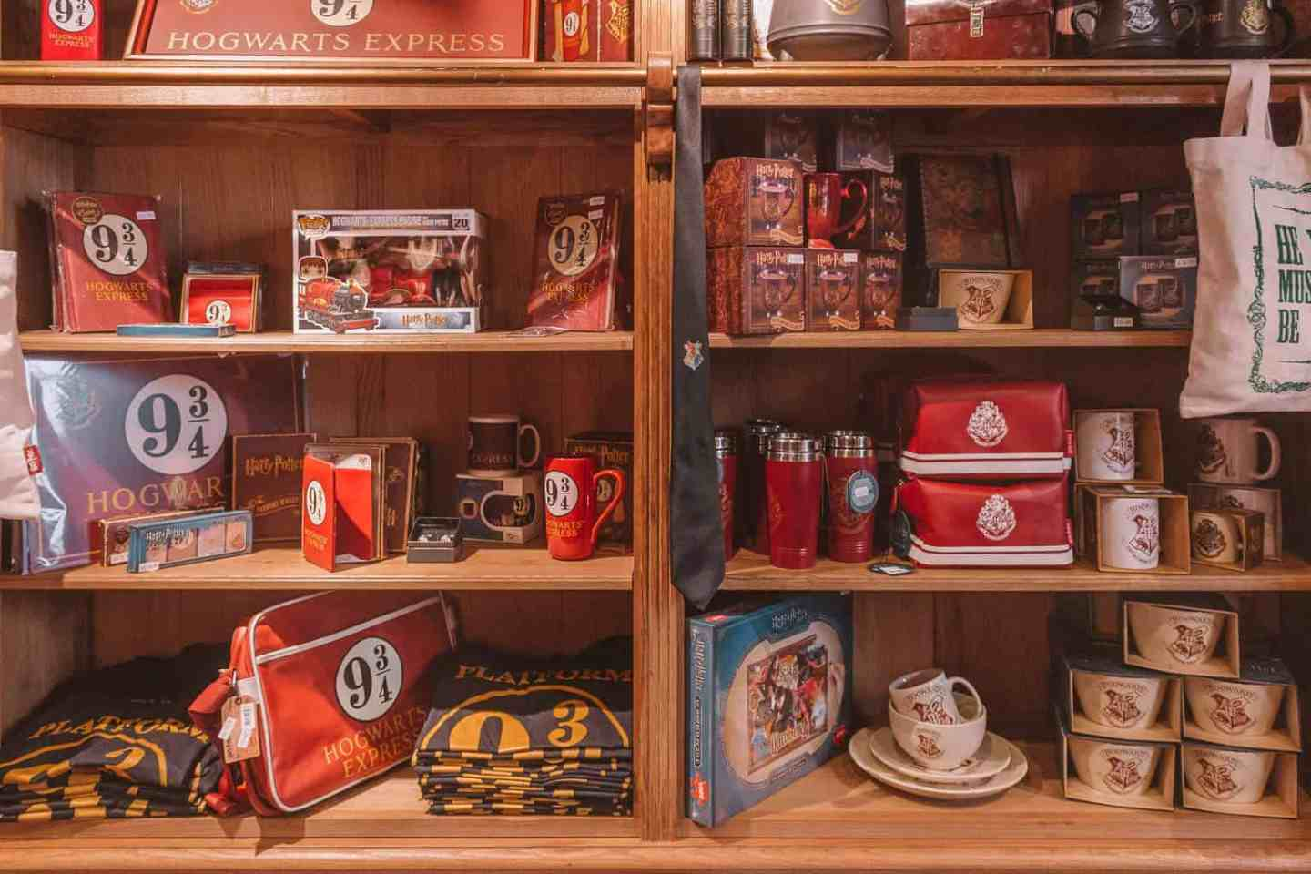 Harry Potter shop - The Ultimate Guide to Harry Potter in York