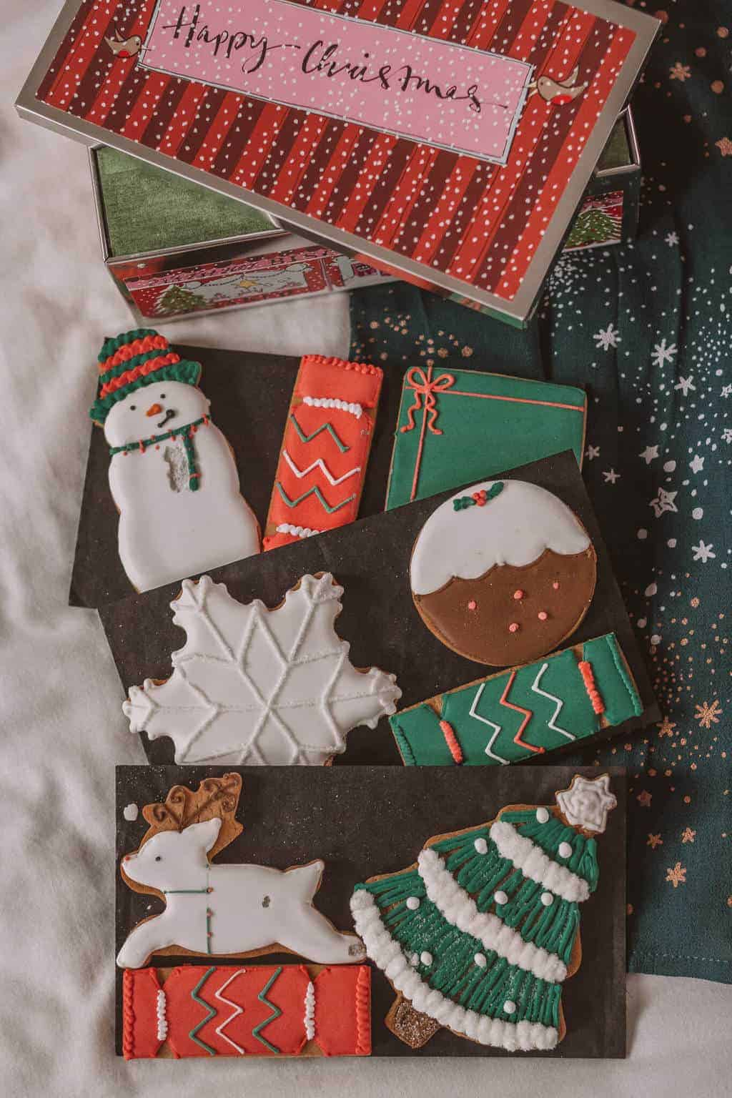 Biscuiteers - Christmas Gift Guide 2018: Brilliant Christmas Gift Ideas For Her #whatshotblog