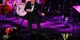 Robbie Williams announces Abu Dhabi show