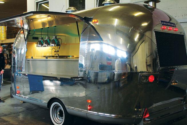 Food trucks in Dubai - Vida Food Truck