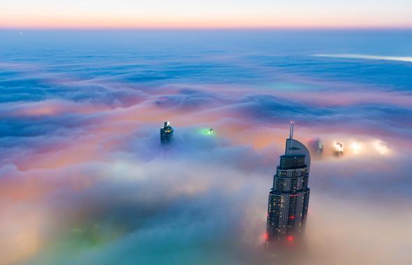 the-address-downtown-dubai-clouds