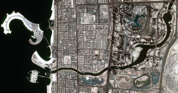 dubai-canal-space