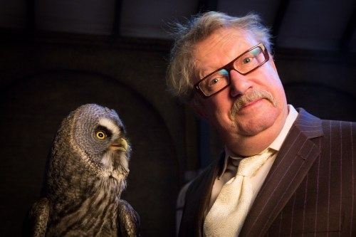 Mark Williams meets the animal actors in the luggage area, on Platform 9 3/4 at Warner Bros. Studio Tour London