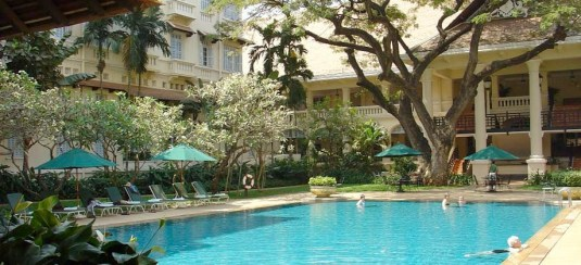 raffles_hotel_le_royal_02