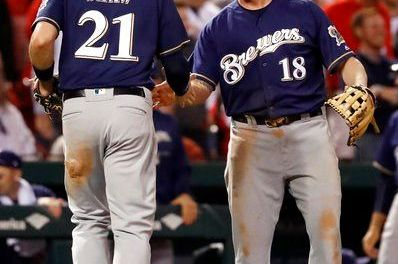 Brewers clinch playoff spot, sweep Cards 2-1; Cubs also in