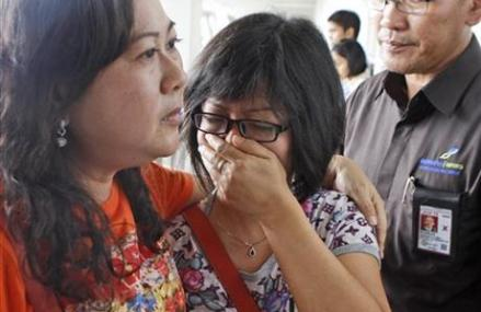 AirAsia plane carrying 162 lost; 3rd Malaysia airline shock