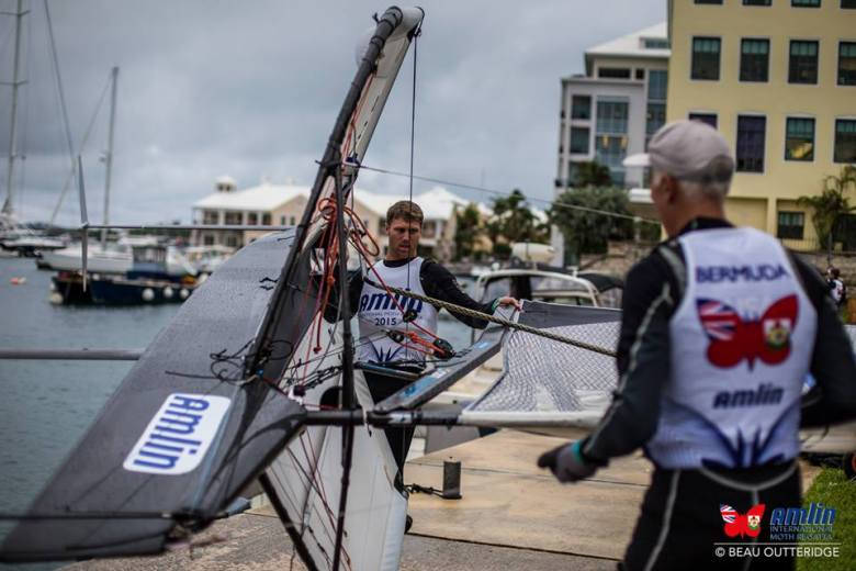 Rome Kirby lauches his Moth with the assistance of ORACLE Team USA coach Philippe Presti.