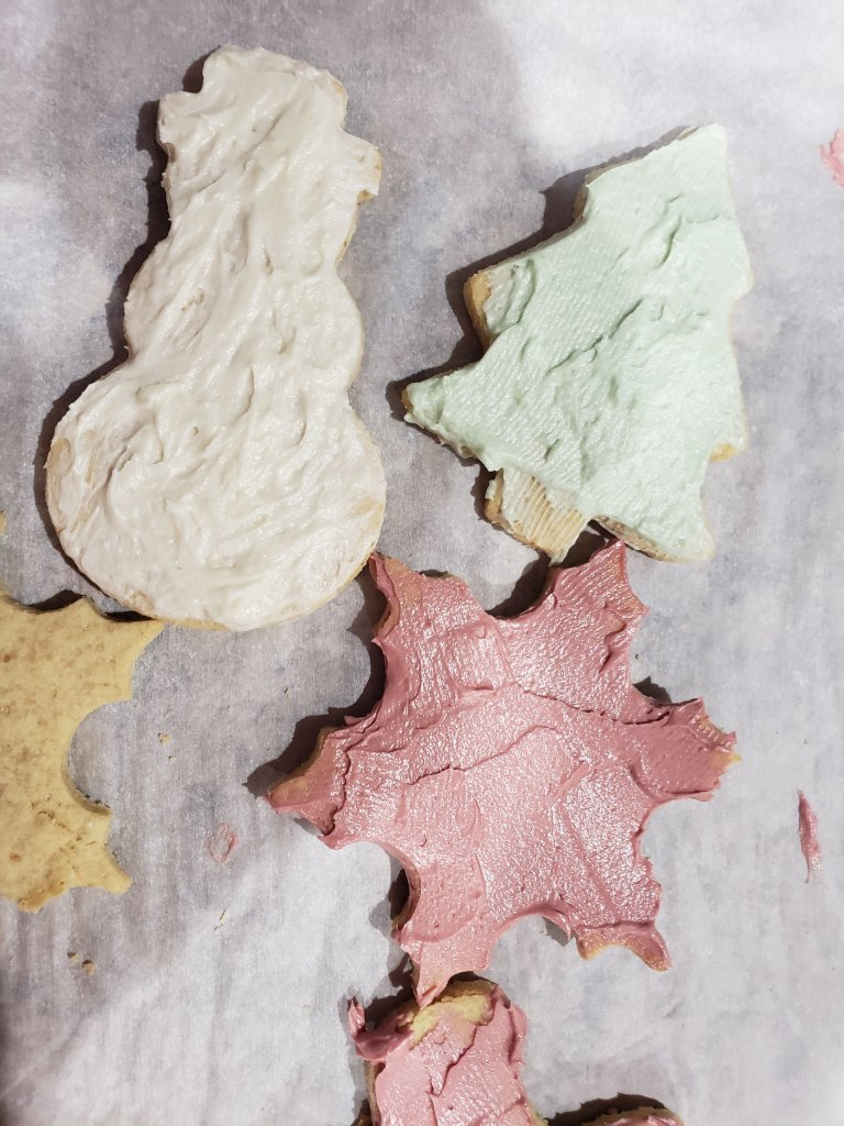christmas cookies in shapes