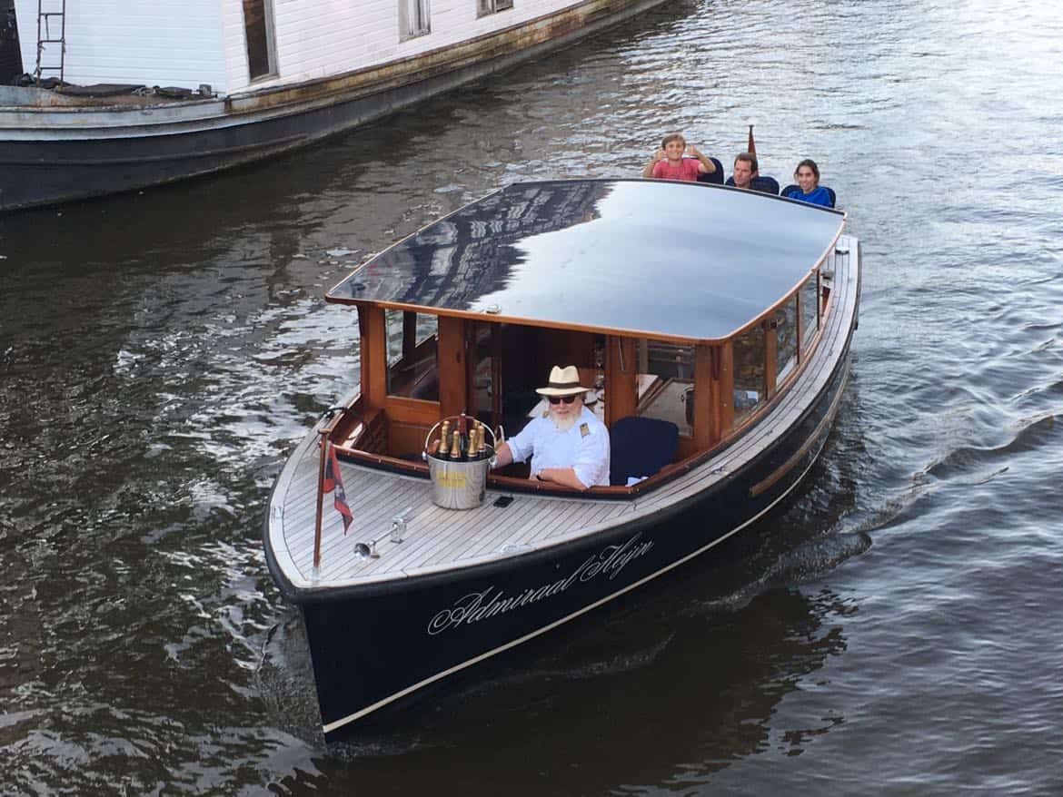 Renting a private boat in Amsterdam