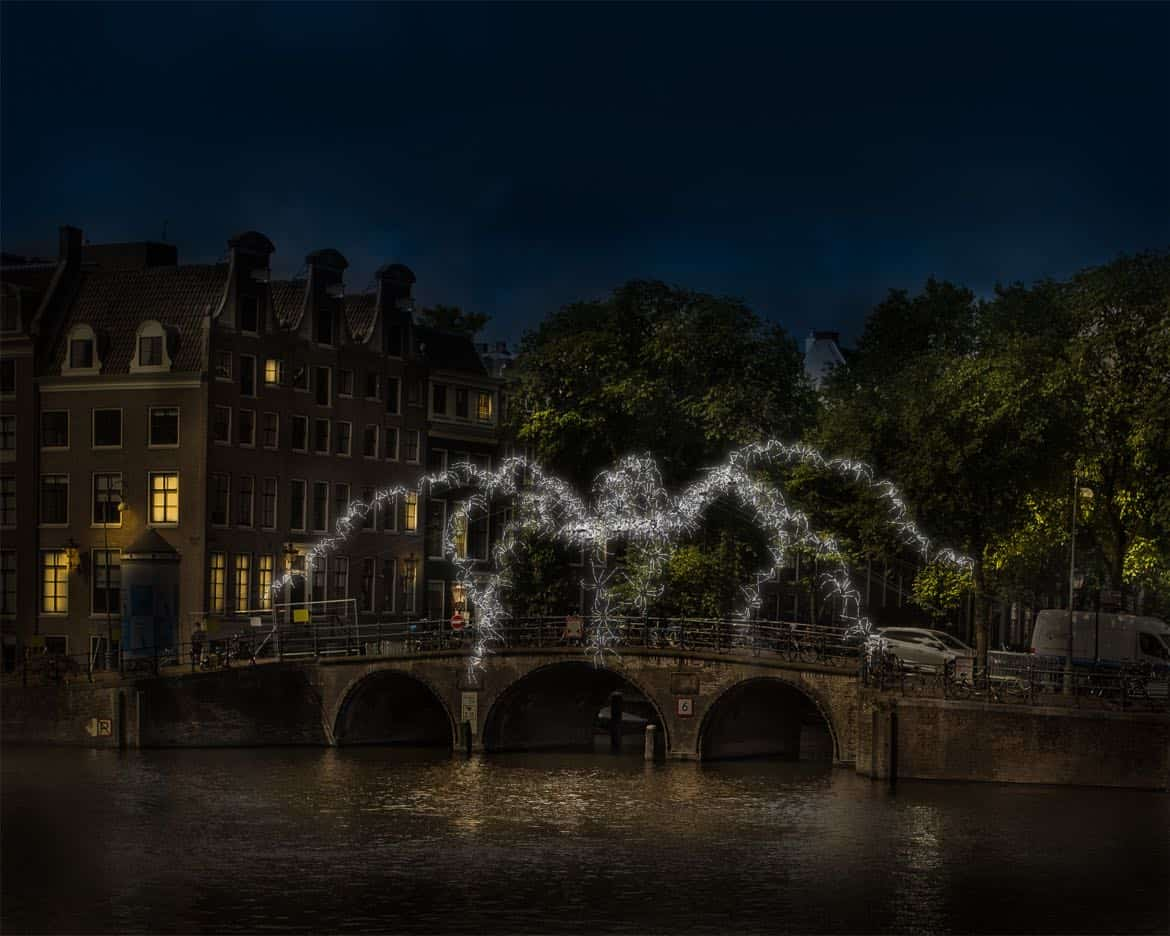Spider on the bridge, Groupe Lars. Amsterdam Light Festival 2018/19