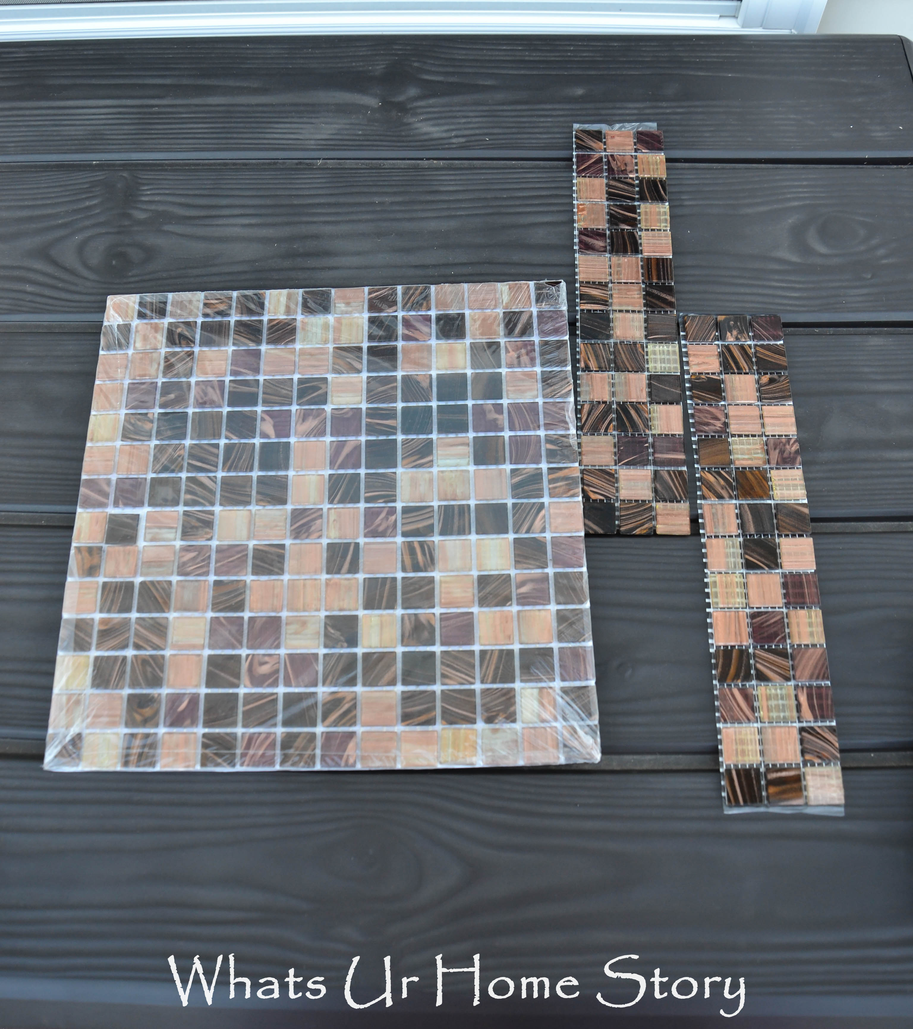 make a mirror with glass tile frame