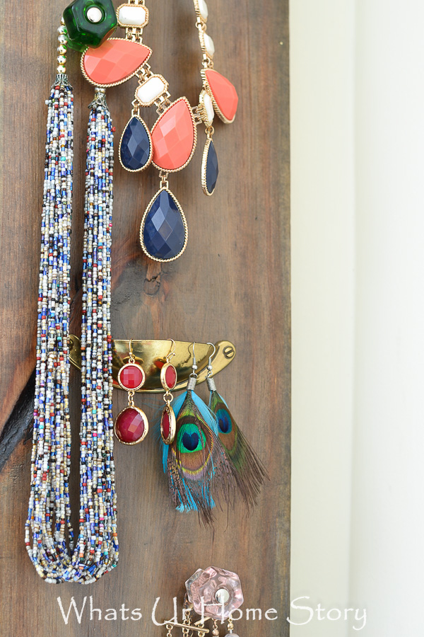 Wood panels + Knobs =Awesome Jewelry Orgnaizer