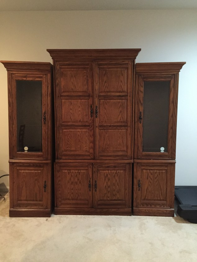 how-to-get-rid-of-large-entertainment-center-great-tips-on-disposing-off-bulky-old-furniture