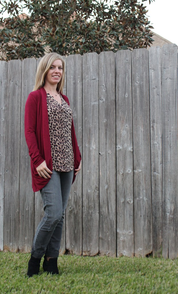 Stitch Fix- 41 Hawthorn Meera Split Neck Top, Pixley Martina Slub Knit Open Cardigan,