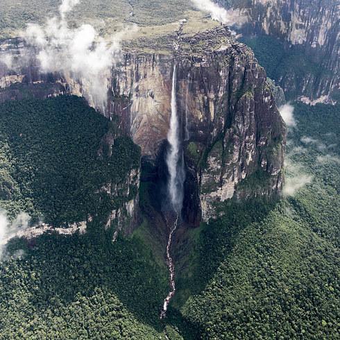 Angel Falls by Vadim Petrakov / shutterstock.com