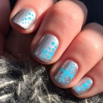 Mani Tuesday: Silly Snowflakes