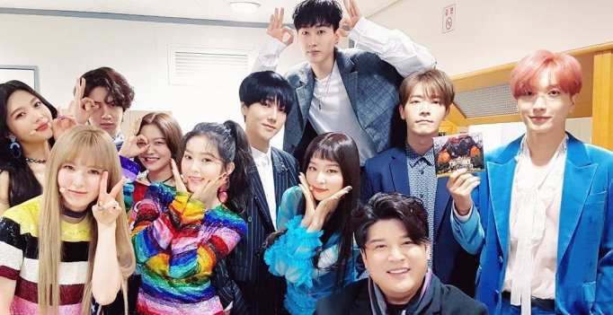 7 Ways Red Velvet And Super Junior Prove How Close They Are
