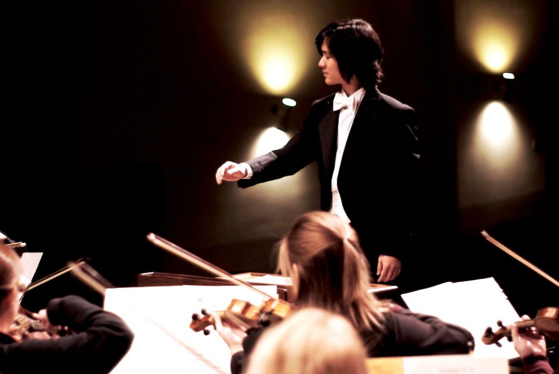 Amos Chia Composer, Pianist, Conductor Sentire