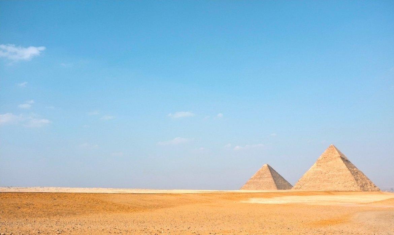 Pyramids by stijn te strake