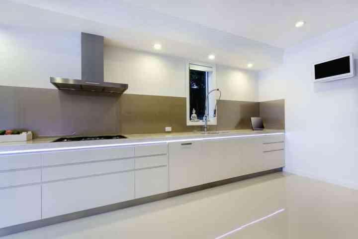 Luxurios kitchen with built in bench lights