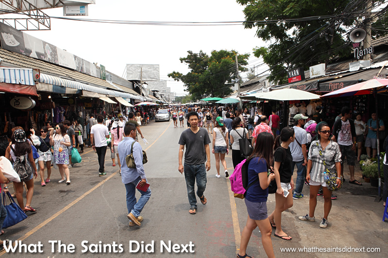 Chatuchak Market Bangkok is in full swing before 10am.