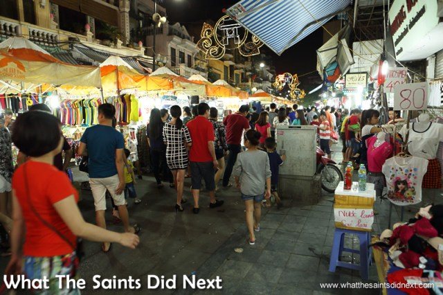 The Hanoi night market takes place on Friday, Saturday and Sunday evenings.
