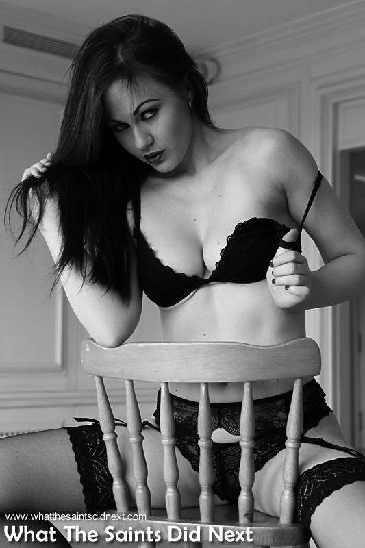 Amateur Sandra Black Stockings Fetish Brunettes Slut Porn Pictures