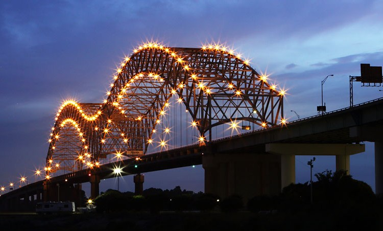Hernando De Soto Bridge in Memphis Tennessee And City Sightseeing on Foot – Part 2