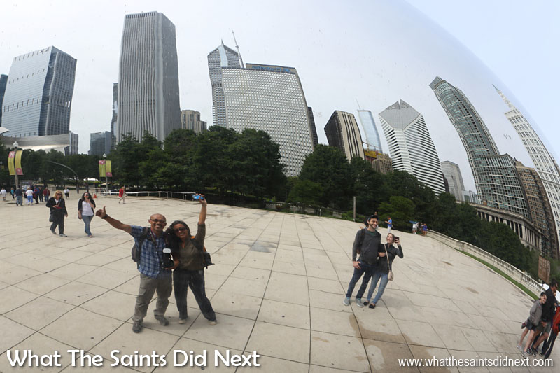 You can try to be cool about it but you will fail - sooner or later everyone seemed to have a go at waving to themselves in the Cloud Gate's reflection.