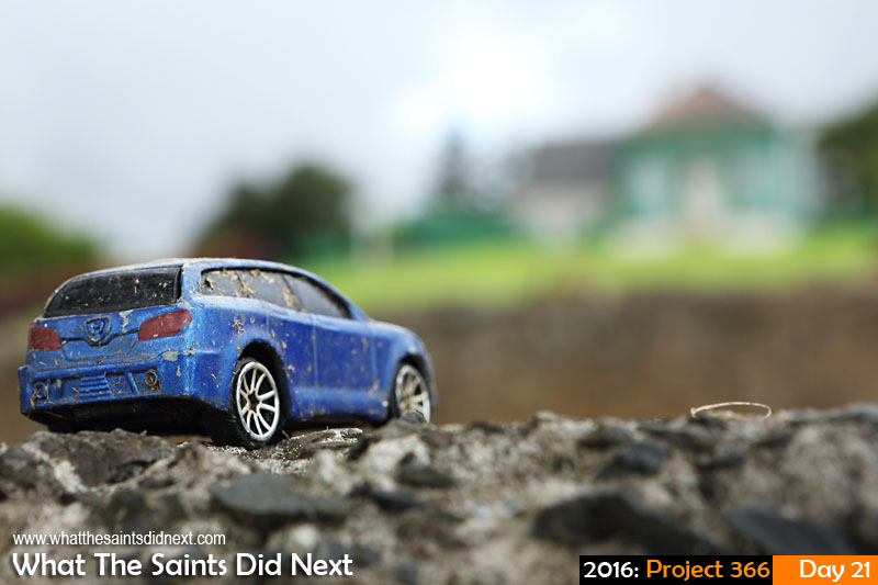 'Lost'<br /> 21 Jan 2016, 17:40 - 1/80, f/11, ISO-400<br /> Abandoned toy car near Longwood House.