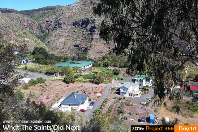 'Father's Day' 19 June 2016, 11:25 - 1/596, f/2.4, ISO-50 - Samsung Galaxy A3 What The Saints Did Next - 2016 Project 366 The Briars residential district, St Helena.