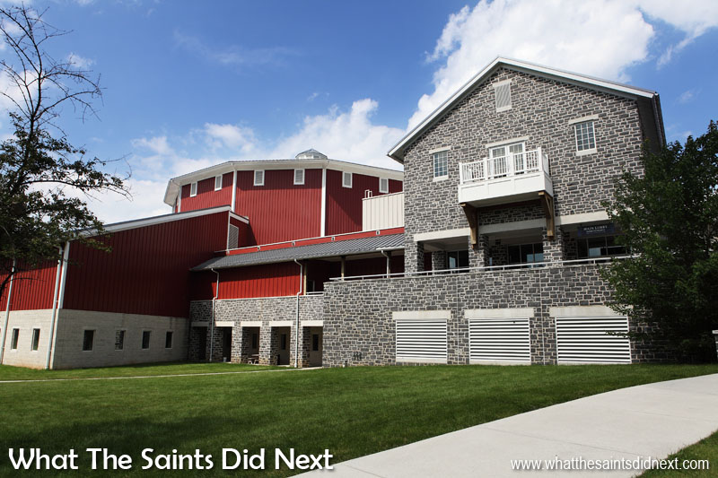 Gettysburg visitor centre, a huge building and natural starting place for a visit.
