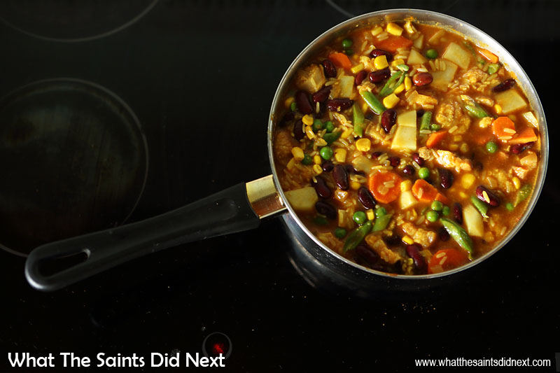 Sharing how to cook pilau aka St Helena plo. Be careful of overloading the pot, remember rice expands as it cooks.