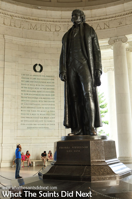 8.  Thomas Jefferson Memorial Built on the Tidal Basin just off the Potomac River this marble memorial has a bronze statue towering 19 ft tall of President Thomas Jefferson who was instrumental in drafting and writing the Declaration of Independence.