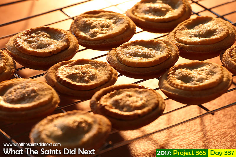 'Built to last'<br /> 3 December, 2017, 16:57 - 1/60, f8, ISO-400<br /> Freshly baked mince pies.