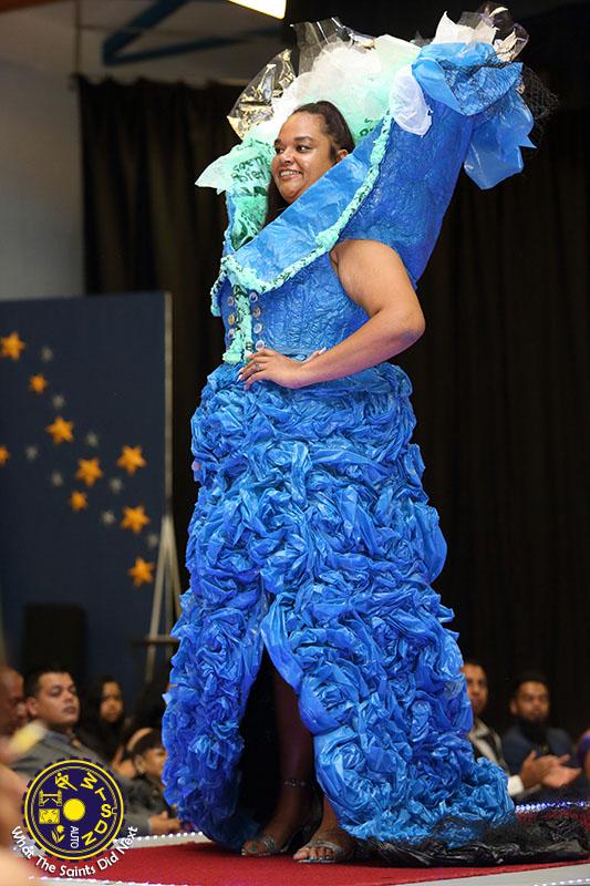 No.10, Hannah Duncan - Attention Seeker - representing Blue Marine