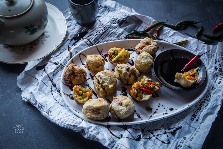 What To Cook Today: Indonesian stuffed tofu (Tahu isi).Stuffed with vegetable and ground meat and shrimp and deep-fried. It's hard to resist this popular Indonesian snacks