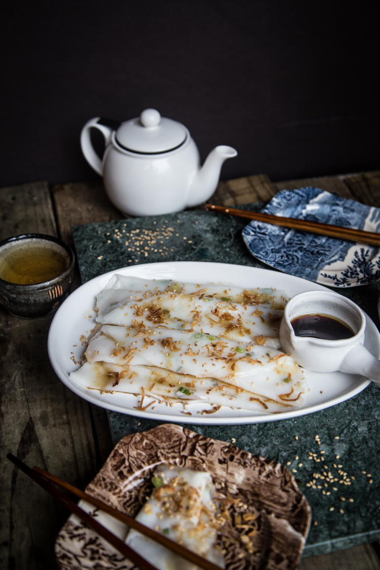 Chee cheong fun (Steamed rice rolls)
