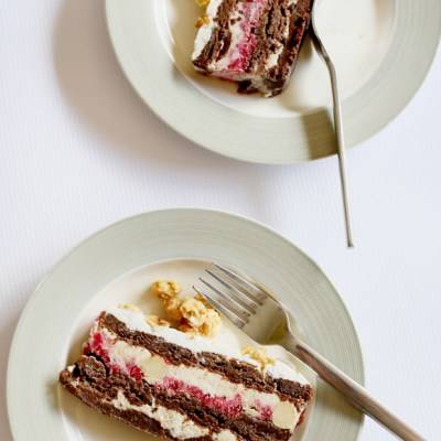 LAYERED BROWNIE ICE CREAM CAKE WITH SUGARED PEANUTS