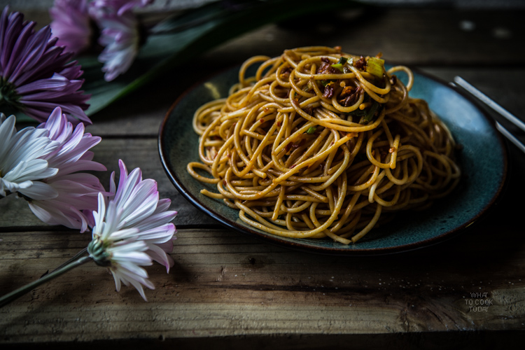 Super simple spicy and tangy noodles. The easiest and tastiest noodle recipe you will ever make