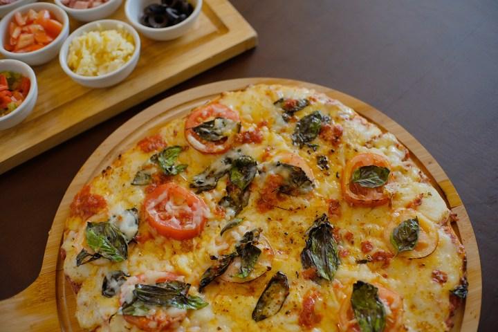 EC+B - Classic Pizza