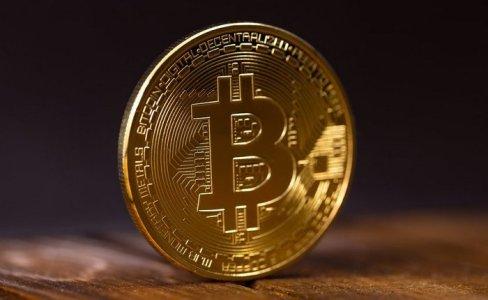 Комиссар SEC: биткоин достаточно зрелый и регулируемый для ETF