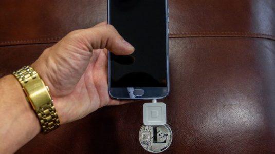 Чарли Ли рассказал о первом смартфоне HTC Exodus с поддержкой LTC