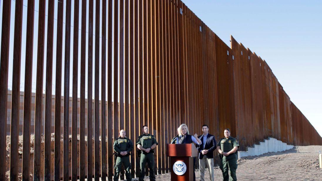 Токен WallCoin: криптовалюты для финансирования «стены Трампа» на границе с Мексикой