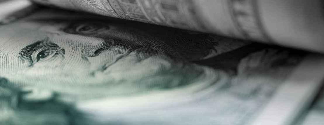 Банкнот номиналом $100 больше, чем $1: О чём говорит рост обращения долларовых банкнот большого номинала