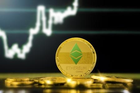 Ethereum набирает обороты: путь к $400 свободен
